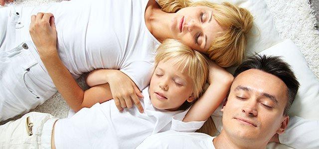 familia duerme