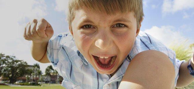 Padres que tapan las malas conductas de sus hijos