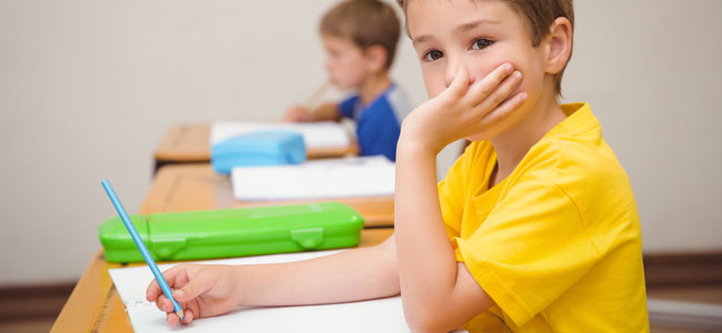 El impacto para el niño de ser el pequeño de la clase