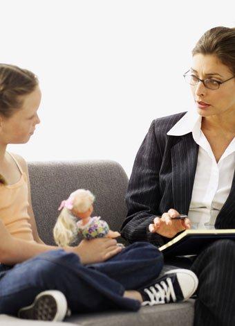 Por qué llevan los padres a los niños al psicólogo