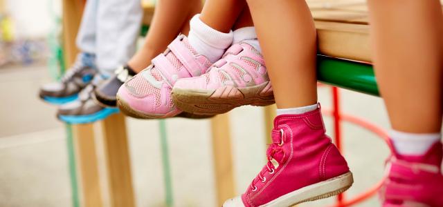 El mal olor en los zapatos infantiles
