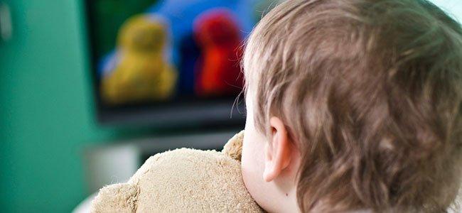 Los niños frente a la televisión