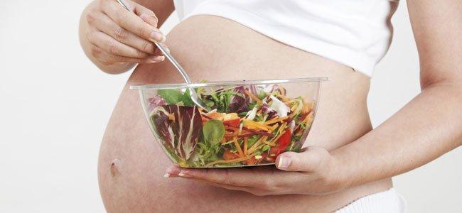 embarazada con bol