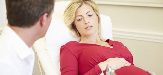 Embarazada en consulta