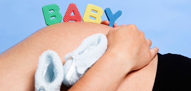 Embarazada tumbada letras
