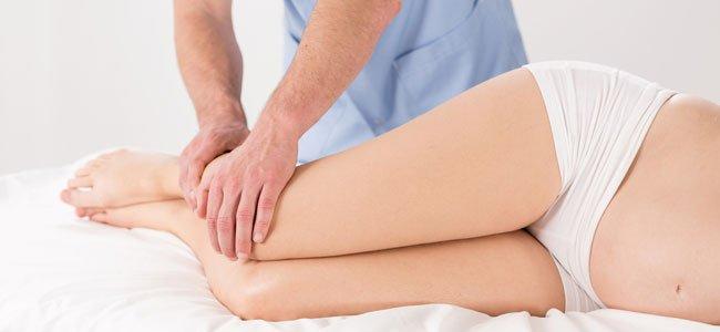 Masaje piernas de embarazada