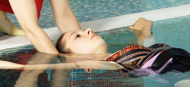 Masaje en el agua para embarazadas