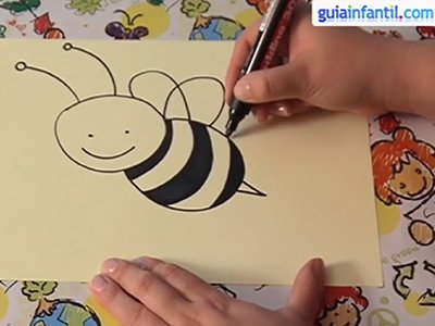 Dibujar una abeja. Paso 4.