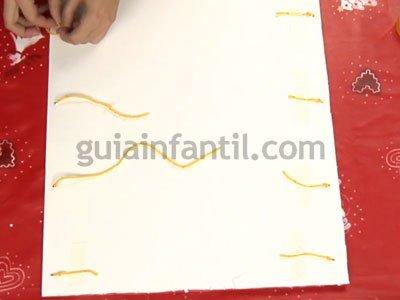 Calendario de Adviento con rollos de papel. Paso 4