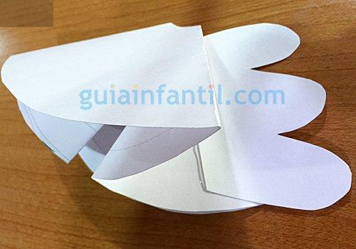 Ángel de papel para la Navidad. Paso 3