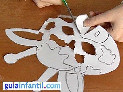 Antifaz jirafa paso 2