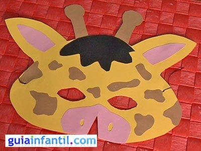 Antifaz jirafa paso 6