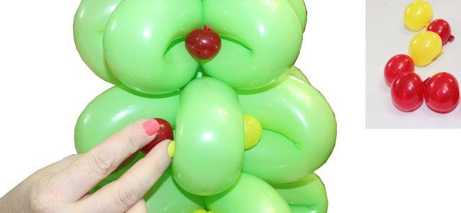 Árbol de Navidad con globos. Paso 6