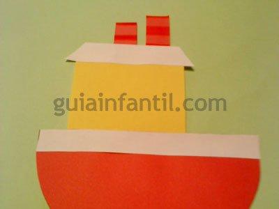 Barco de cartulina. Paso 3.