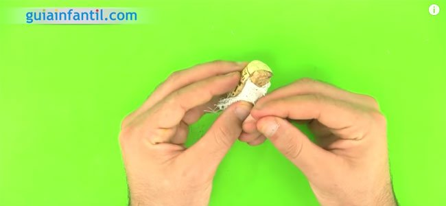 Belén reciclado de corcho. Paso 4
