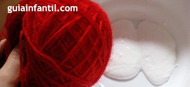 Bola de Navidad con lana. paso 2