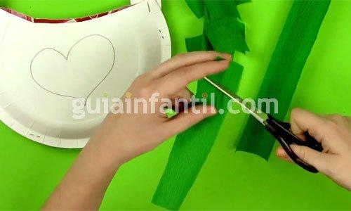 Cómo hacer un bolso decorativo para mamá. Paso 3