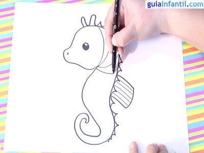 Dibujo caballito de mar. Paso 3.