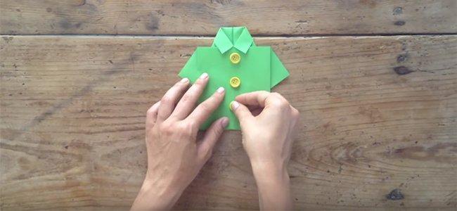 Camisas de origami manualidades con papel camisa de origami para pap paso 4 altavistaventures Image collections