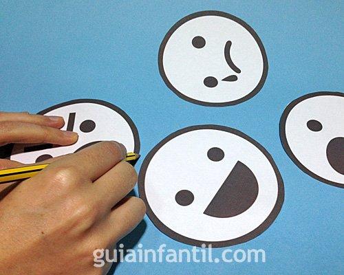Manualidad de caritas para aprender las emociones. Parte 2