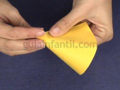 Cómo hacer un cohete de cartón. Paso 2