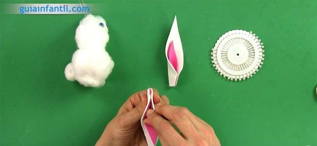 Conejito de Pascua de algodón. Paso 3