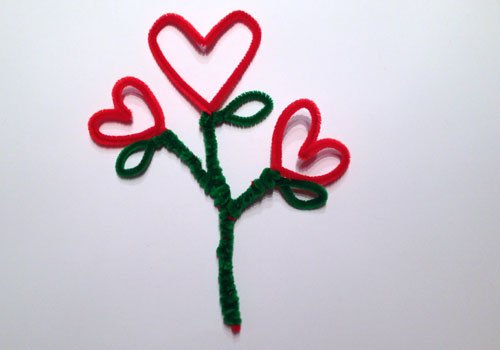 Maceta con flor de corazón. Paso 3