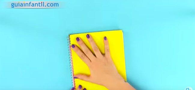 Cuaderno decorado. Paso 1