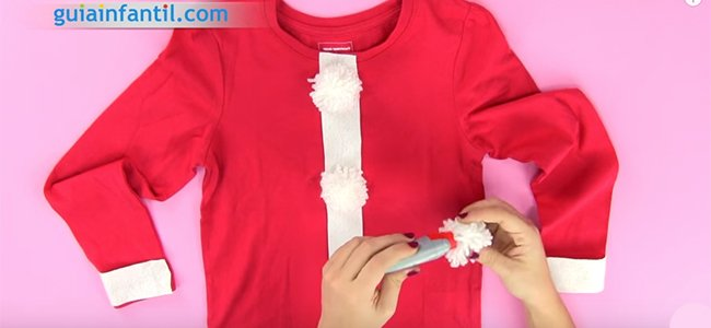 Cómo hacer un disfraz de Papá Noel. Paso 3