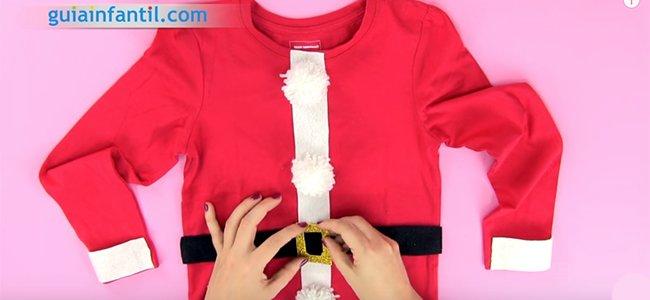 Cómo hacer un disfraz de Papá Noel. Paso 5