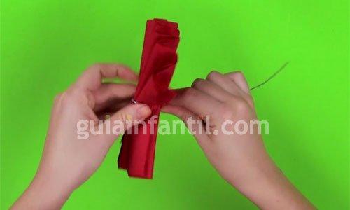 Cómo hacer flores con papel. Paso 3