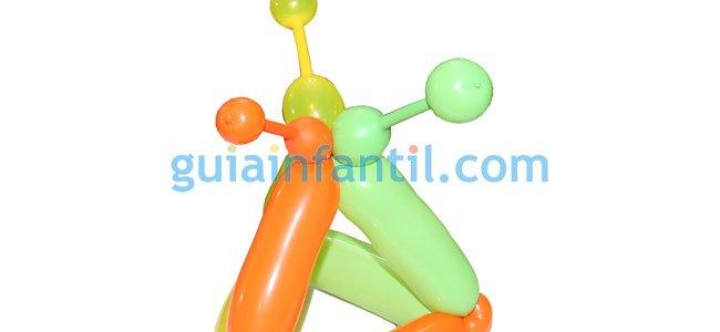 Gorro de arlequín con globos. Paso 4