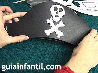 Gorro pirata con calavera