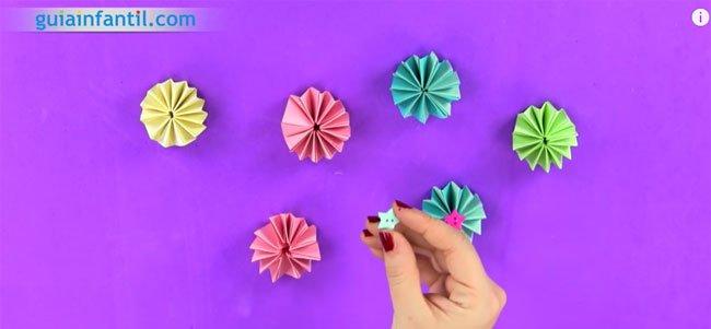 Guirnalda de origami. Paso 4