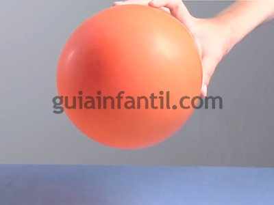 Rodar una lata con un globo. Paso 1.