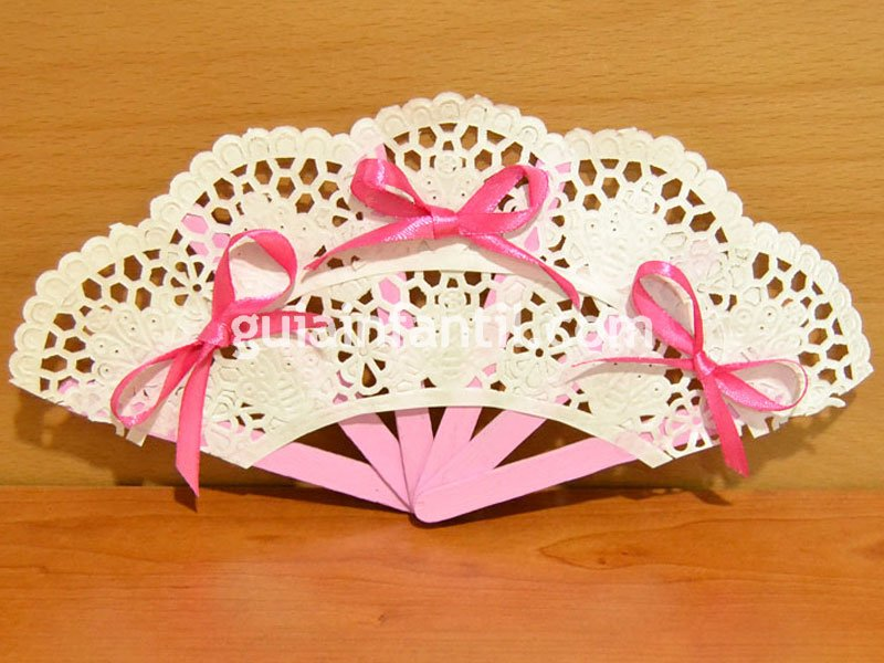 materiales palitos de helado blondas de papel cinta de raso