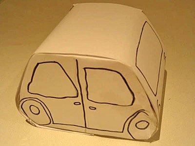 Pintar coche de cartón