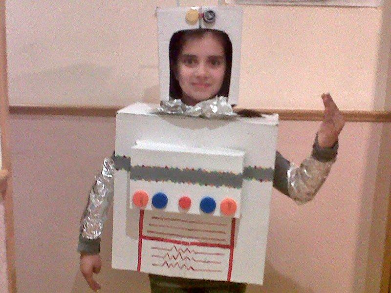 Como Hacer Un Robot De Caja De Carton