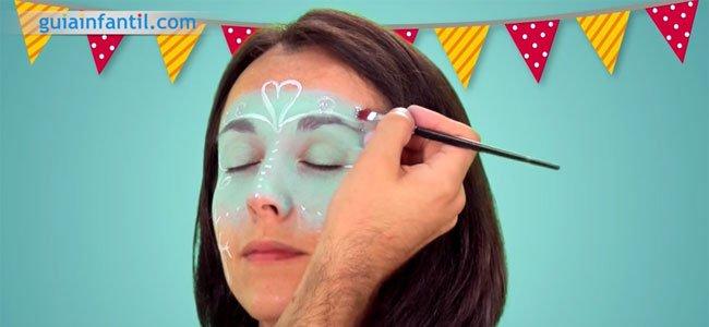 Maquillaje de Frozen paso a paso. Paso 5