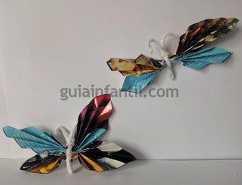 Mariposas con papel de revista