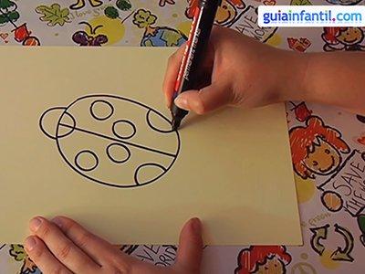Dibujar una mariquita. Paso 2.