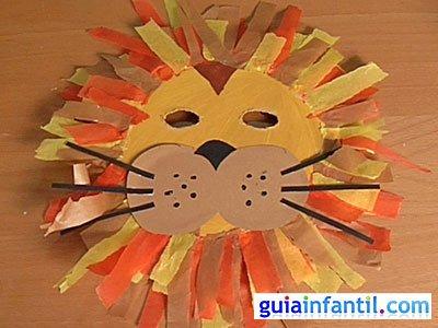 Máscara de león con plato de papel. Manualidades de Carnaval