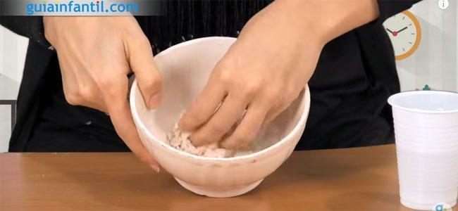 Mezclar masa de sal