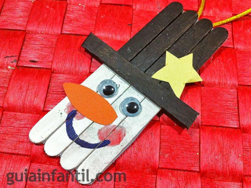 Muñeco de nieve. Manualidad con palos de helado