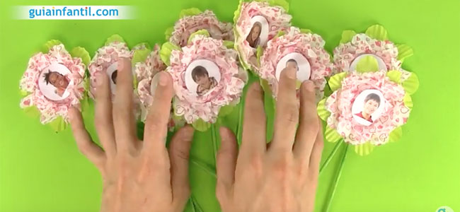 Maceta con flores para regalar al profesor. Paso 4