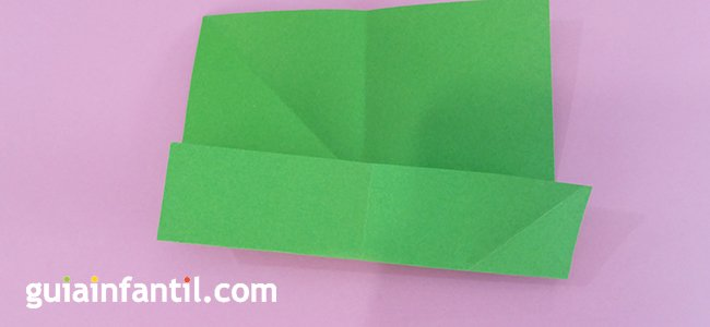 Trébol de origami. Paso 1