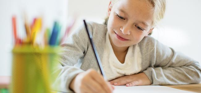 mesa de estudio del niño