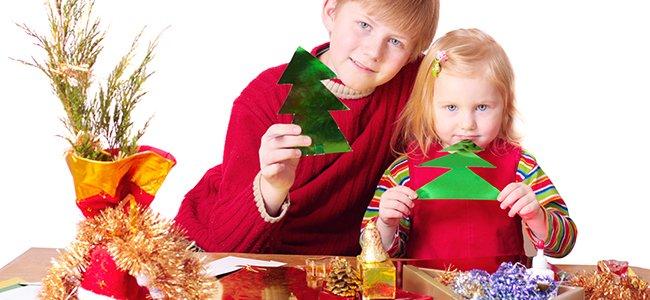 V deos de manualidades de navidad para ni os for Adornos de navidad ninos