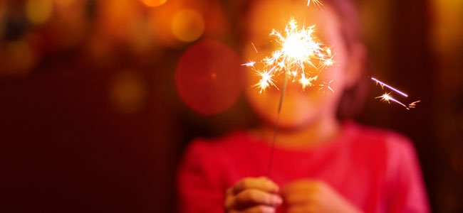Peligros de los fuegos artificiales para niños