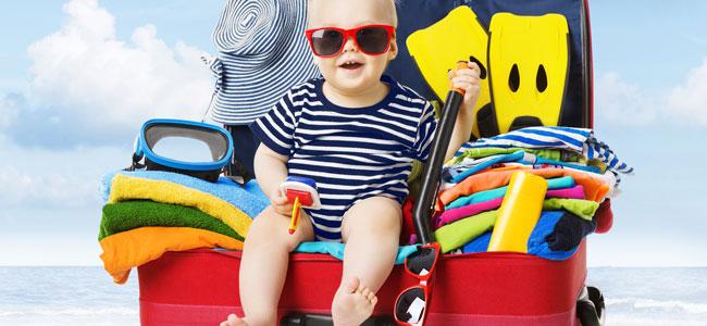 Ir con el bebé a la playa, ¿qué llevar?